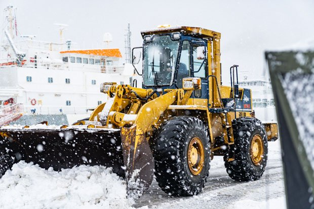Clayton Agriculture Working in the snow at the Port of Olympia